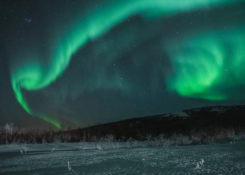Ótimo lugar para a luz do norte na região de Senja