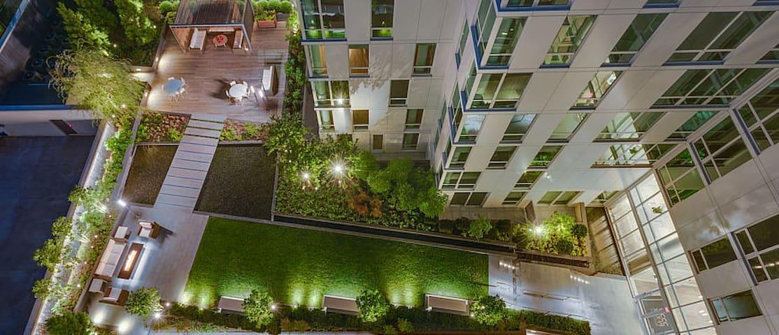 Modern, Chic, Great Location - Washington - Apartment