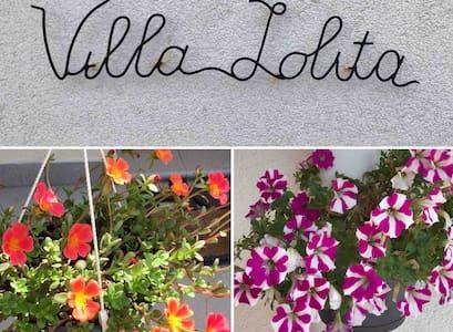 Villa Lolita