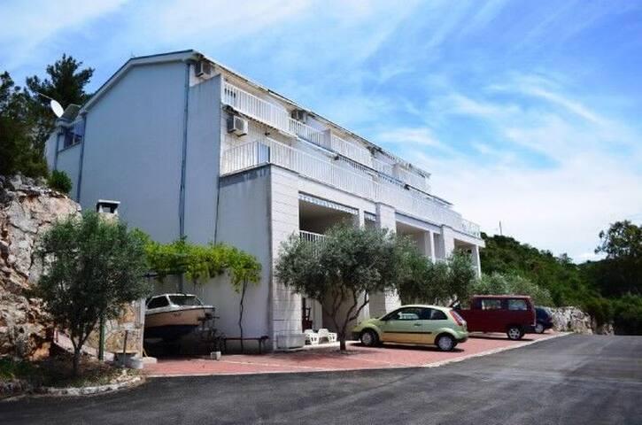 Apartment Damir (51201-A2)