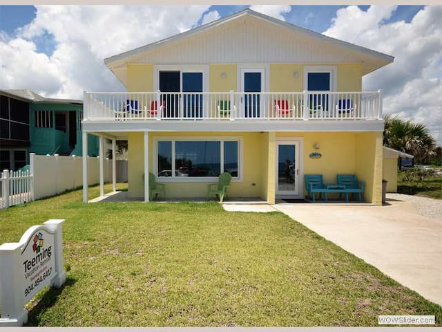 Pier Watch - Completely Renovated Flagler Beach Beauty with Sweeping Views - Flagler Beach - House