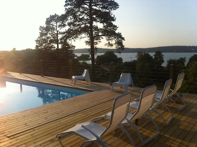 Extraordinary house with fantastic sea view - Tyresö - Villa
