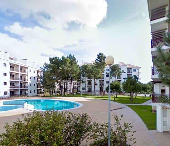 Algarve, Falesia T1 with Pool View - Olhos de Água - Lejlighed