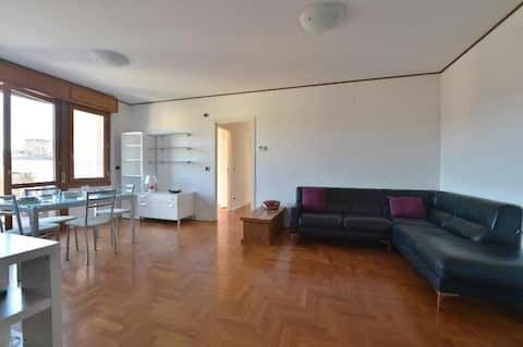 Bright two-bedroom apartment w/terrace 287 - 09df6b99