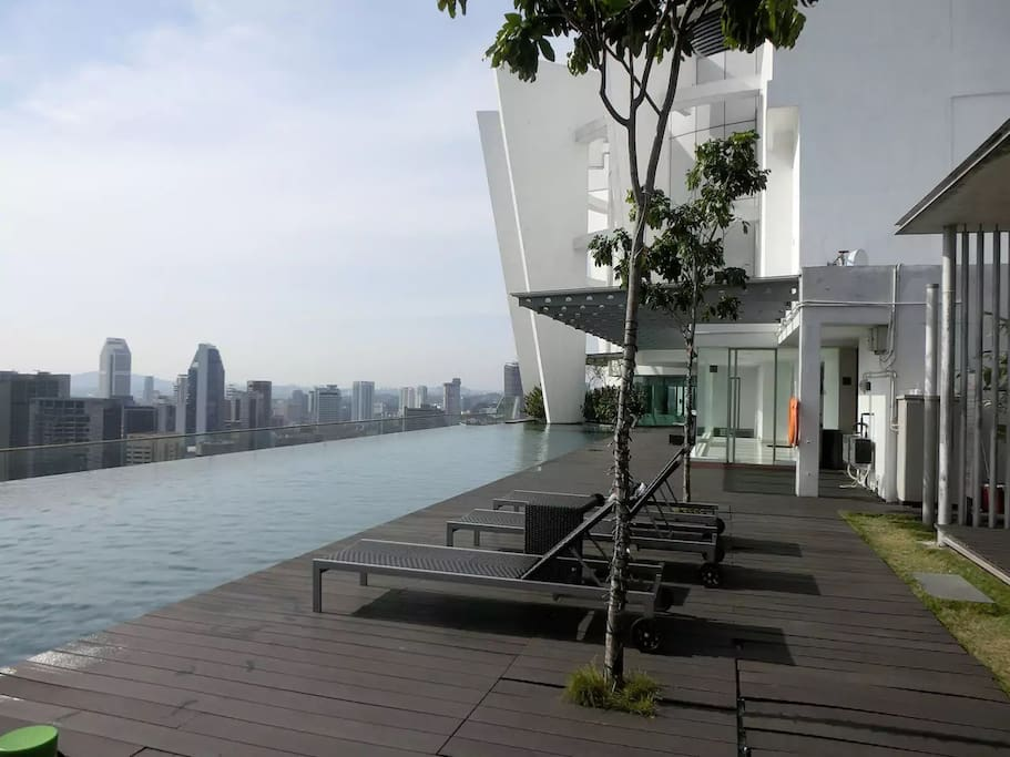 Skypool at 37th Floor (Day View)