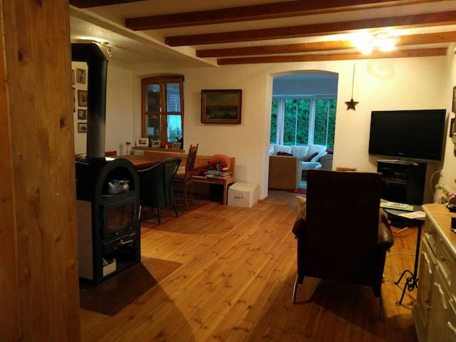 Cozy Bavarian flat close to Munich - Nandlstadt - Lägenhet