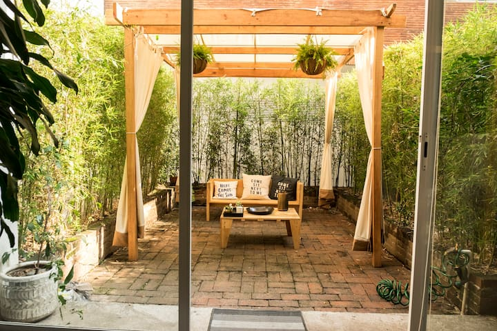 Charming 2BR in Roma/Condesa w Private Patio - Mexiko-Stadt - Wohnung