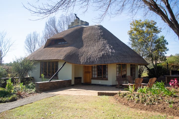 Tranquil 8 Sleeper w/ Drakensberg Views and Hikes