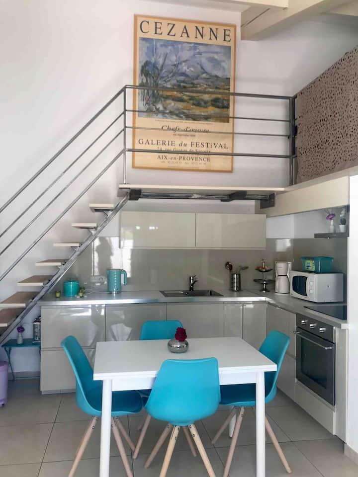 Maison indépendante  Piscine. 20 mn Aix /Marseille