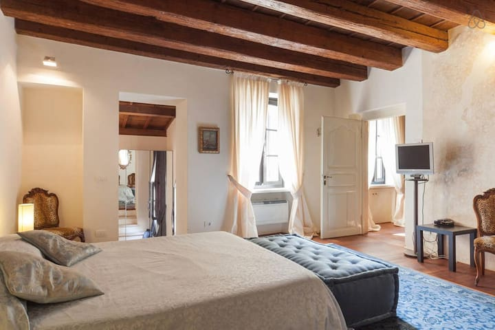 Superior Suite in Piazza Erbe