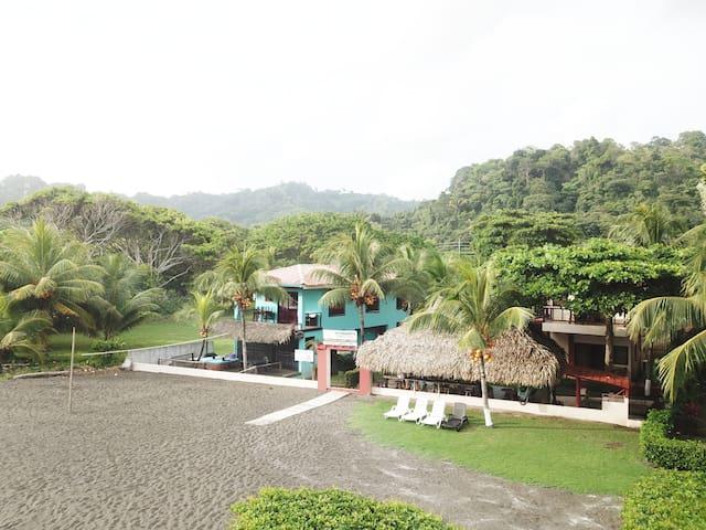 Hotel Sandpiper