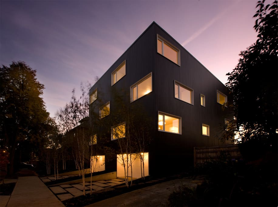 American Institute of Architecture Award Winning Z-Haus by Waechter Architecture