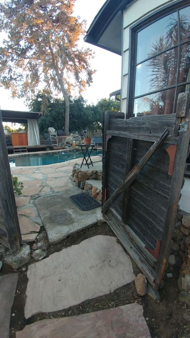 gate going into pool yard