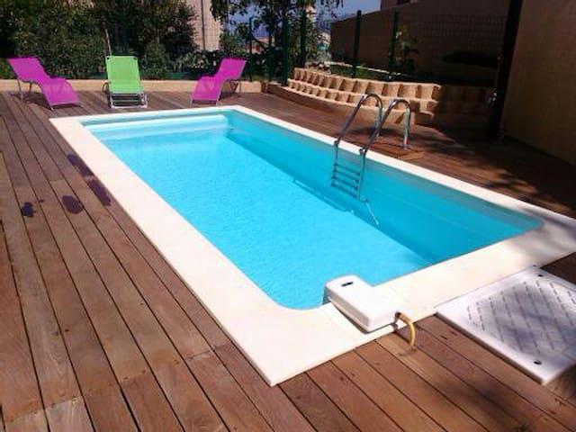 T3 Rez de Villa avec Piscine - Piana - House