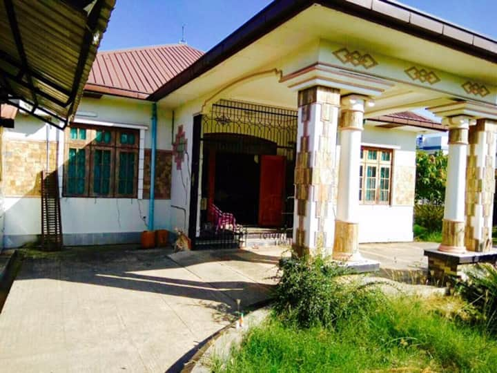 3bed rooms house at Dekkhina Thiri