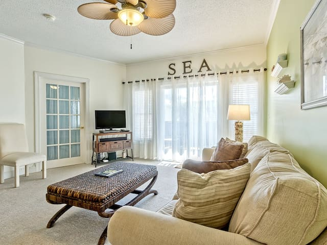 South End Condo with Easy Beach Access Just 20 Yards Away, Pet Friendly, Elevator - Sandpiper 107