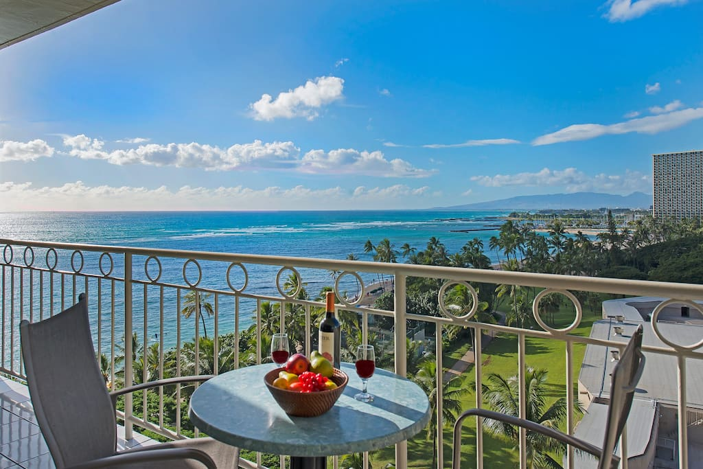Waikiki Shore Ocean Front 1 Bdr On The 10th Floor