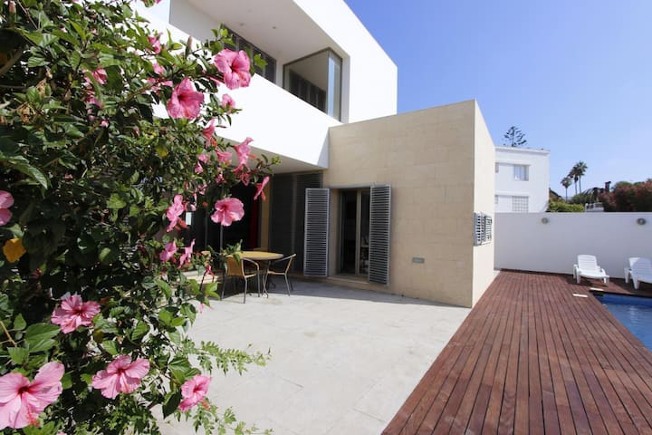 Casa Hibisco - Modern semi detached house with private pool very close to the beach