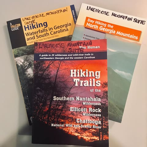 Guidebook for Hiawassee