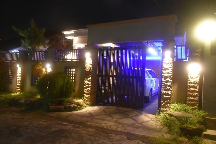 Mojopahit residence