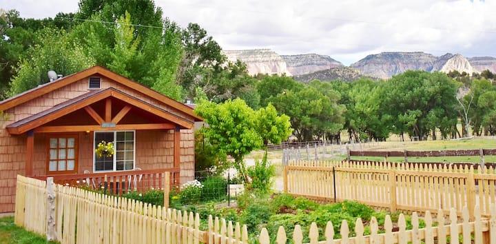 Garden Cottage near Zion, Bryce and N.Rim GC/Breakfast