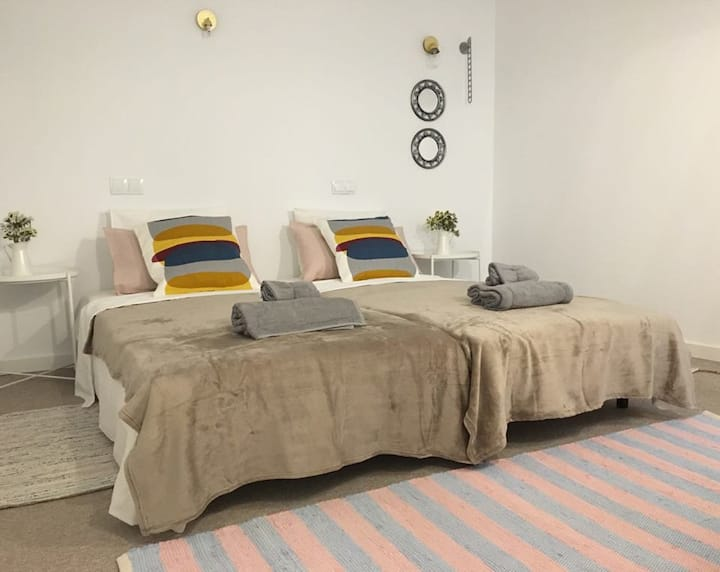 Double room in the center of Alicante 05