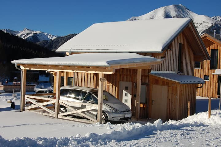 Luxury Chalet in Hohentauern near Ski Area