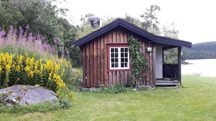 """""""Ensomheten"""", hytte ved Ånøyas bredder - Melhus - Houten huisje"""