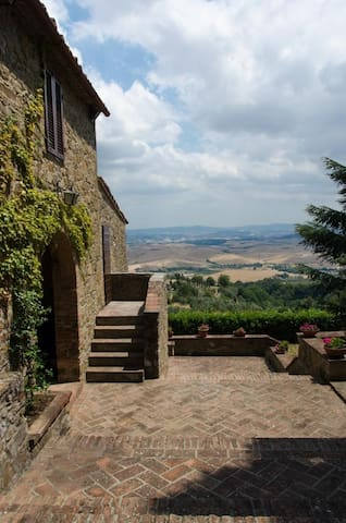 Panorama sulle colline toscane - Rivalto - Villa