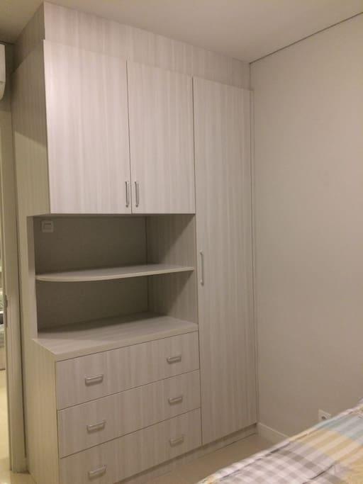 Master Room, wardrobe