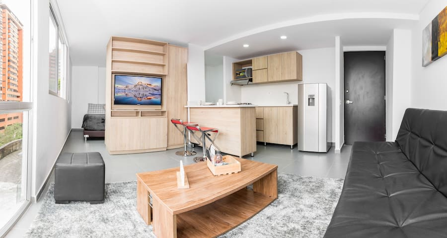1BD apartment with amazing Location