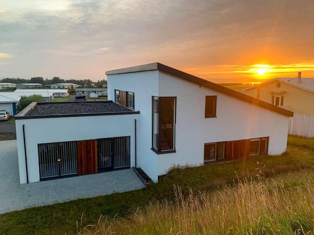 Villa Tanya in the heart of South Iceland