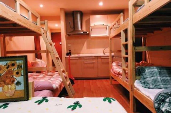 接待来自世界各地的游学、出国、读研学习,工作面试的青年 - 北京市 - Slaapzaal