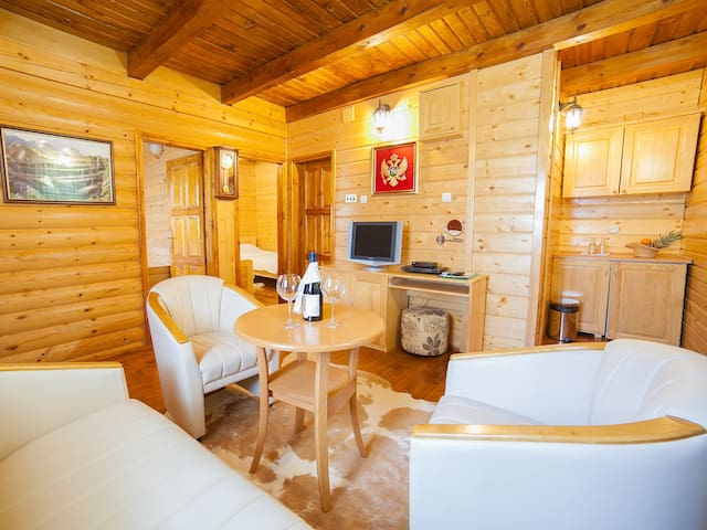 Gacka - Comfy Two Bedroom Cottage with Balcony - Mojkovac