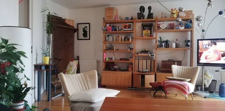 Studio spacieux, lumineux, très proche Paris