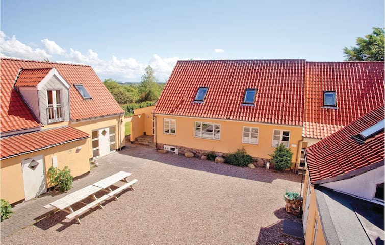 Holiday cottage with 16 bedrooms on 1400m² in Ranum