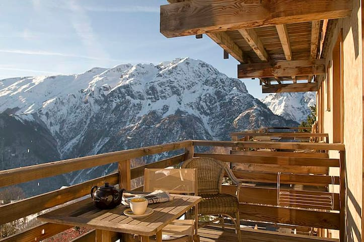 Apt 4 people in a ****spa chalet, sunny and cosy