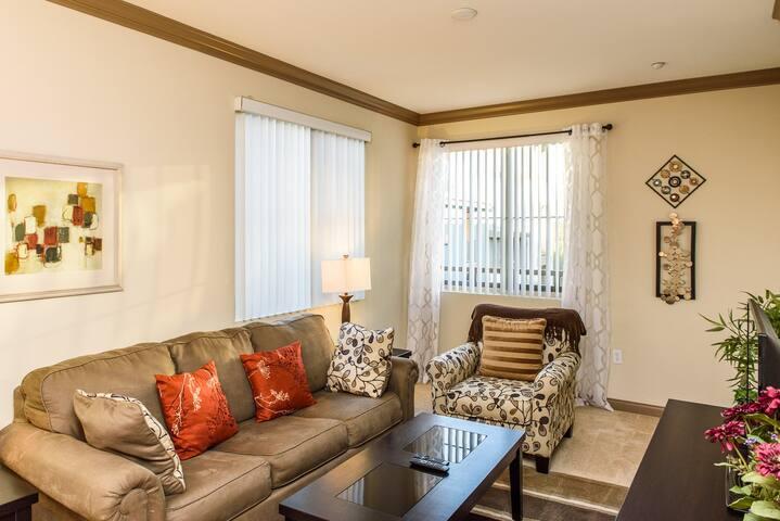 #72 Convenient 1B in central Irvine - Irvine - Apartment