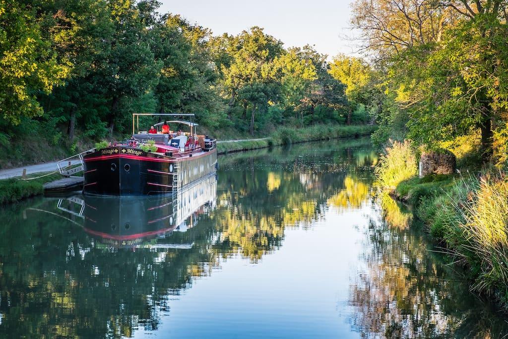 Cabine concorde dans p niche luxe barche in affitto a for Branson condomini e cabine in affitto