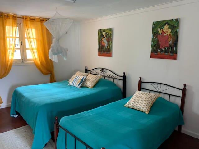 Chambre 4 (lit de 140cm +lit de 90cm)