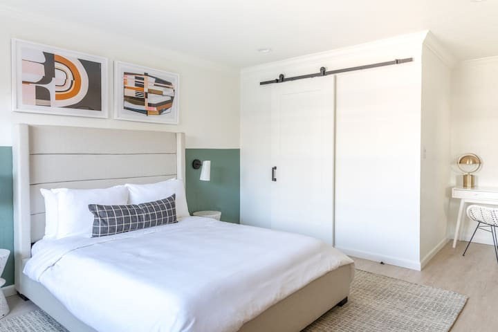 Sonder | Broadway Motel | Modern Room