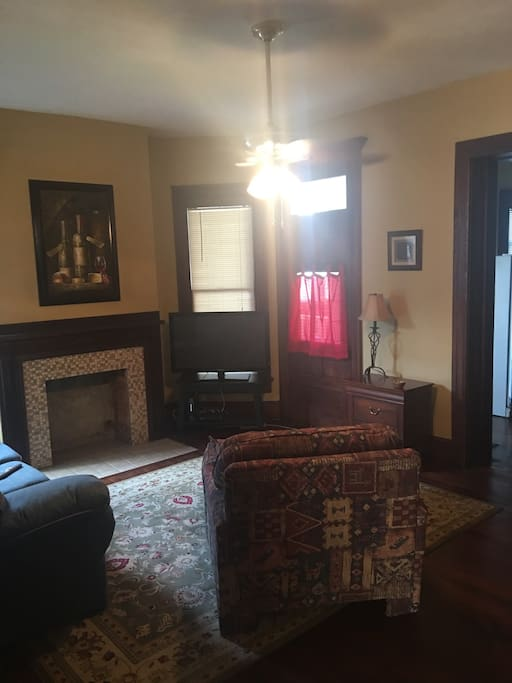 39 charming historic 39 downtown 2 bed houses for rent in