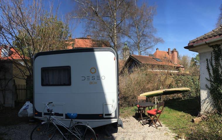 Tiny House Caravan with garden - Múnich - Autocaravana