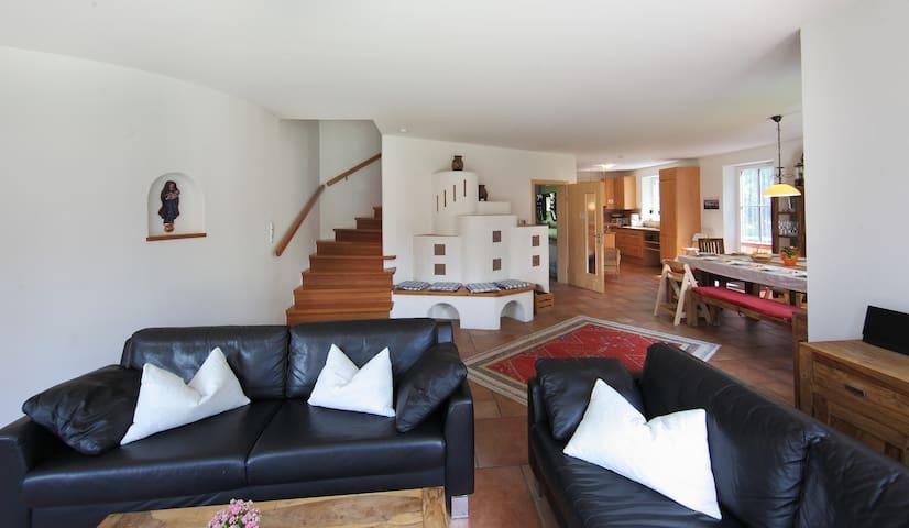 Landhaus Elina, Seenähe, Ruhelage, 260m2 !