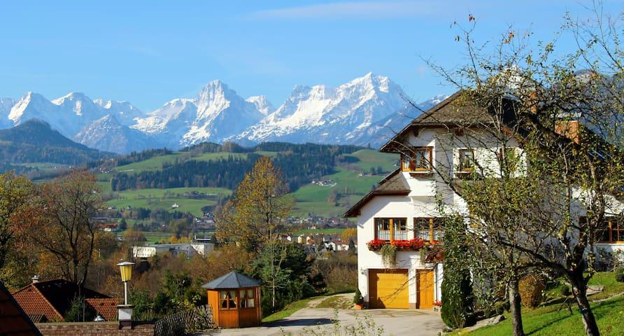 Haus Löger - A - Mountain view