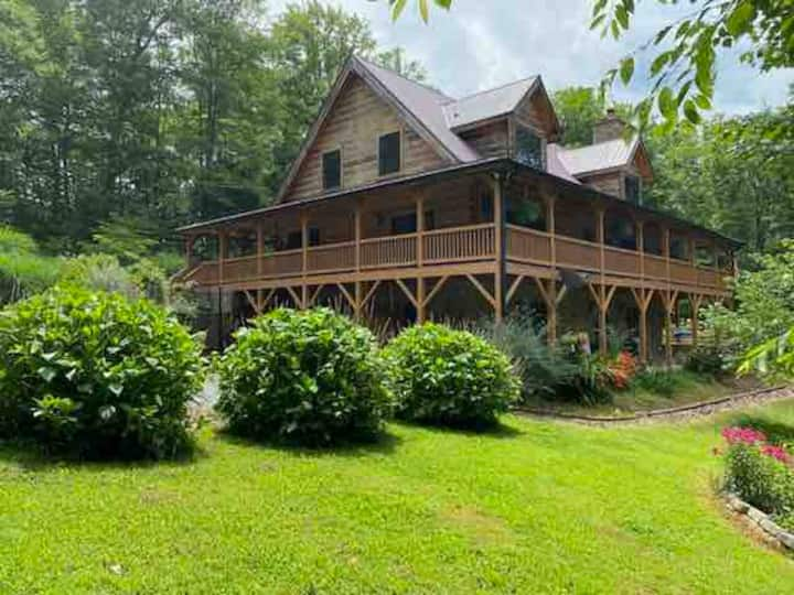 Bright Mountain Getaway-Lake Junaluska/Waynesville