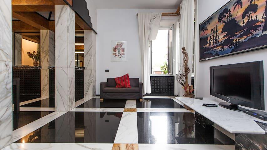 3BDR + 2BTHR in TRASTEVERE district - Rzym - Apartament