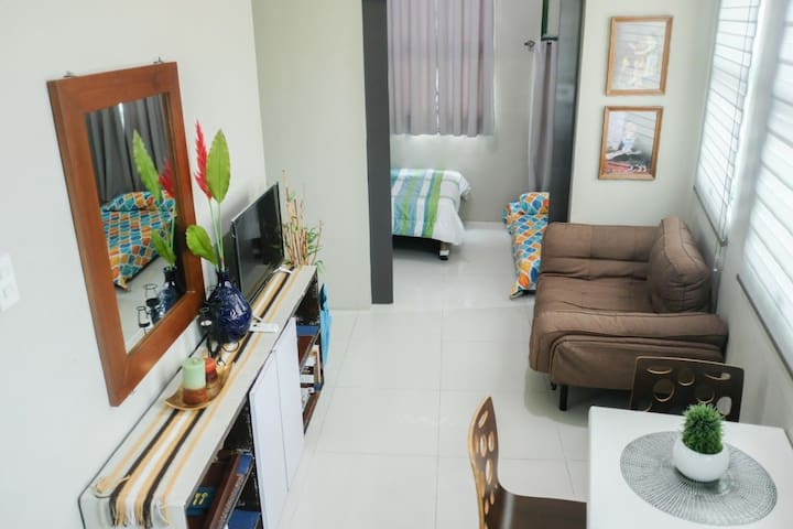 Cozy 1BR in Timog/Esguerra (Symphony), Quezon City