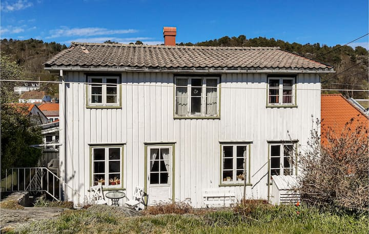 Awesome home in Risør with WiFi and 4 Bedrooms
