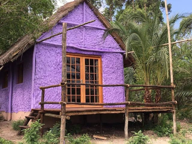 ECO-LODGE, BUSH HOUSE / SAFARI PARQUE DE MUCAPANA